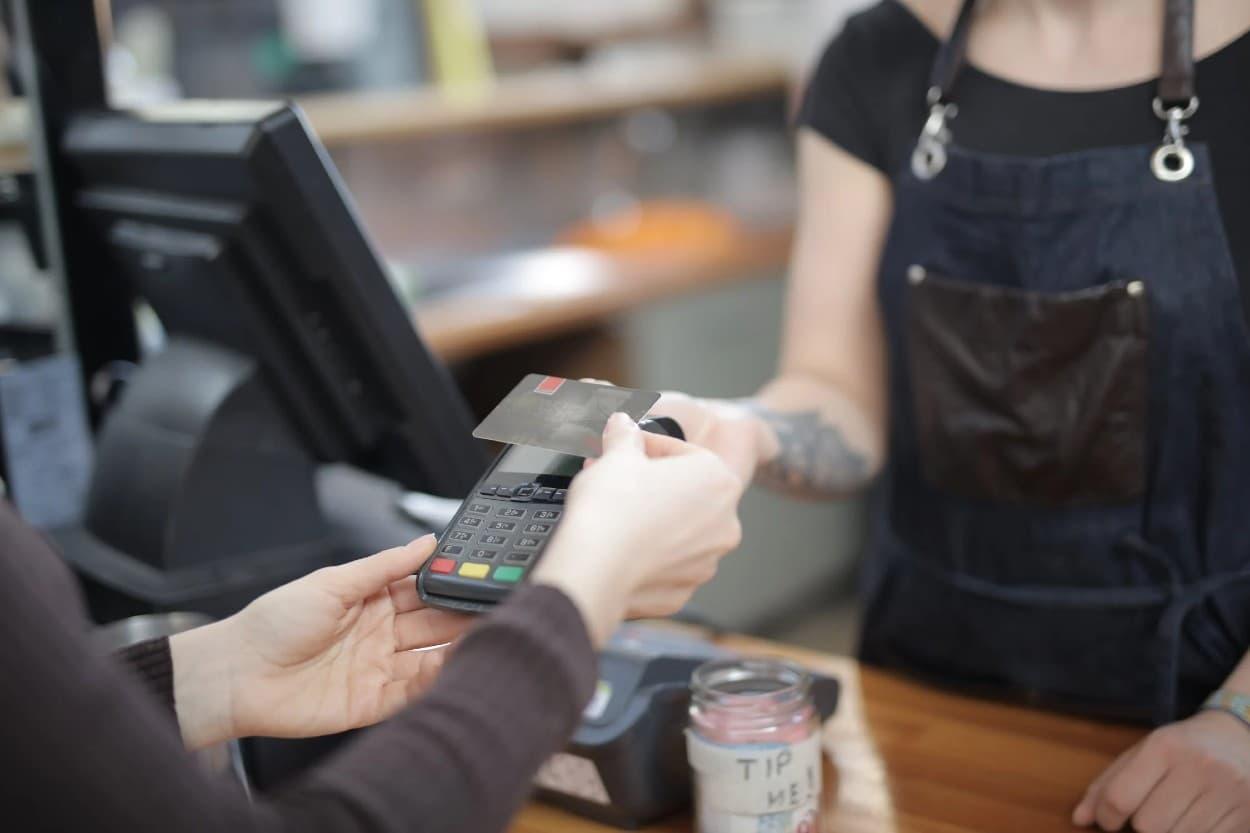 Compra con tarjeta de crédito empresarial
